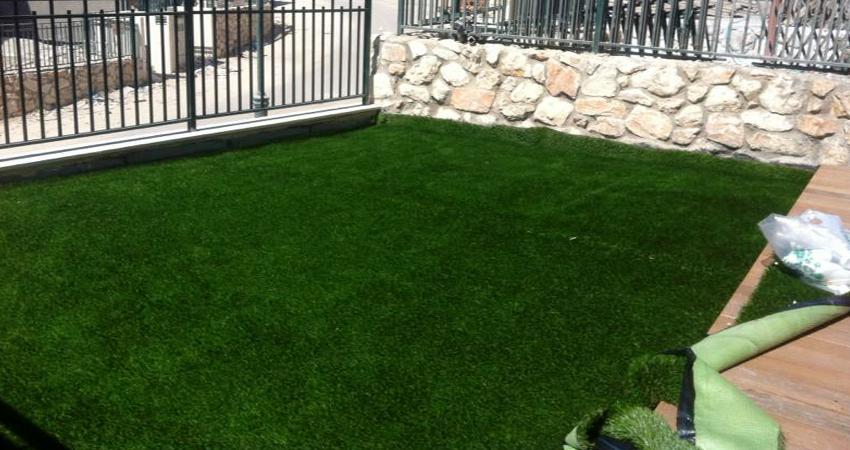 דשא סינטטי והתקנה