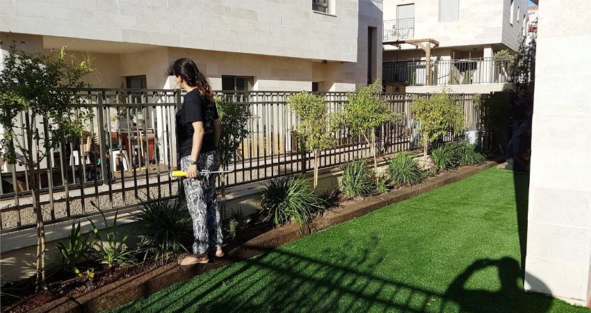 דשא סינטטי וגינון באריאל
